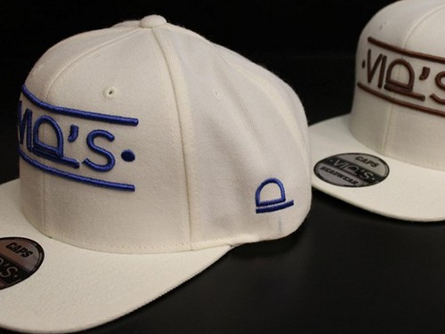 Broderies-casquettes-paysage
