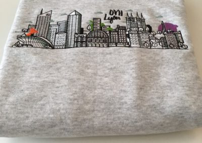 Sweat-shirt brodé dos au logo OVH Lyon
