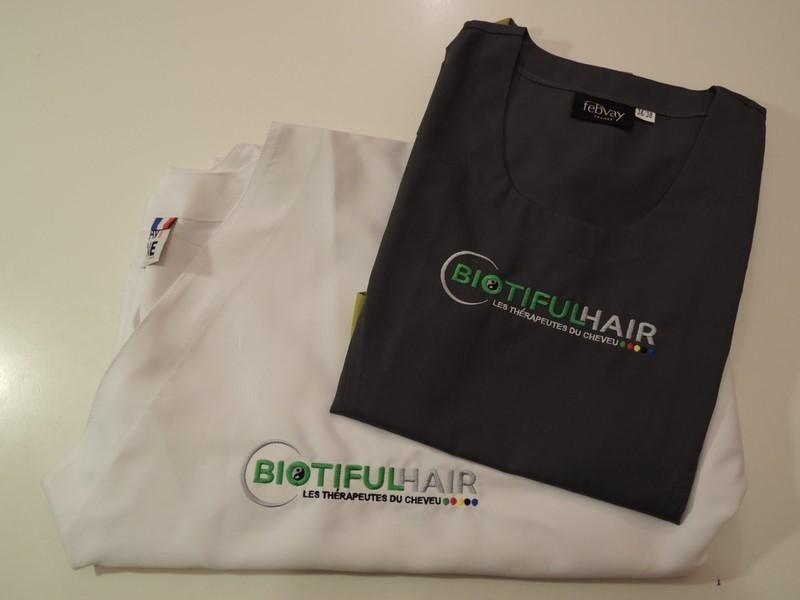 Tablier brodé au logo Biotifulhair