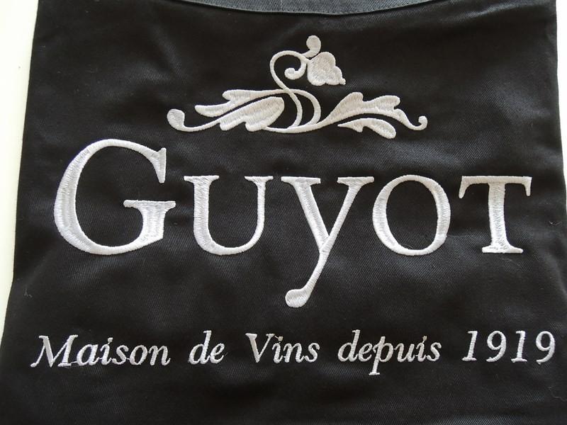 Tablier brodé logo Guyot Lyon